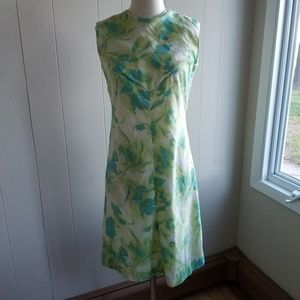 1950s Unlabeled Floral Wiggle Dress